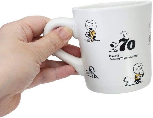スヌーピーの大人カワイイ70周年記念プレート&マグ