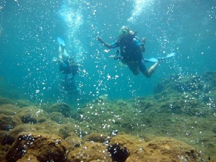 Champagne-reef-snorkeling
