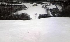 猫魔スキー場4月