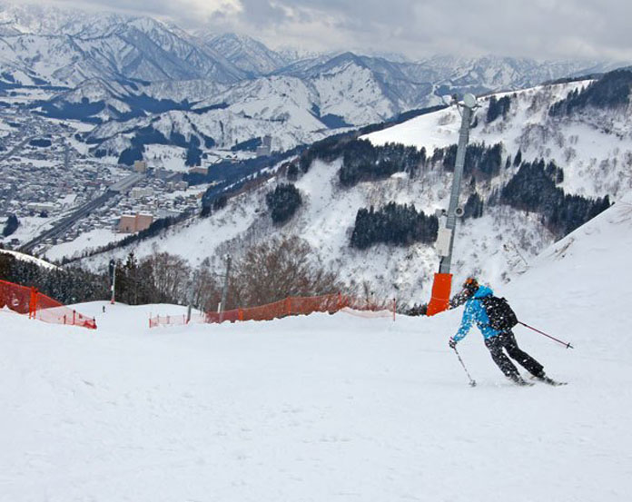 Falcon Downhill run at Gala Yuzawa
