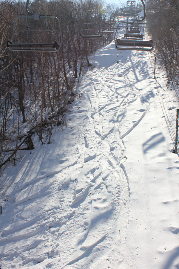 Silver Peak chairline powder at Yongpyong