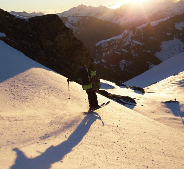 Craig Murray skiing Bevans Col Mt Aspiring