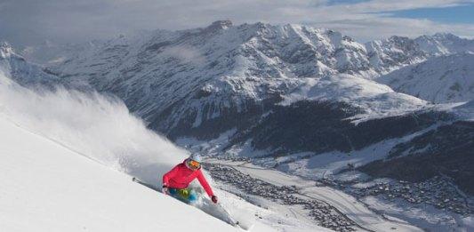 skiing powder at Livigno