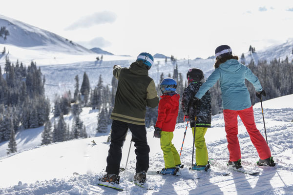Family skiing at Copper Mountain