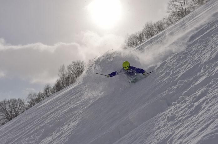 powder skiing Oze-Iwakura Gunma