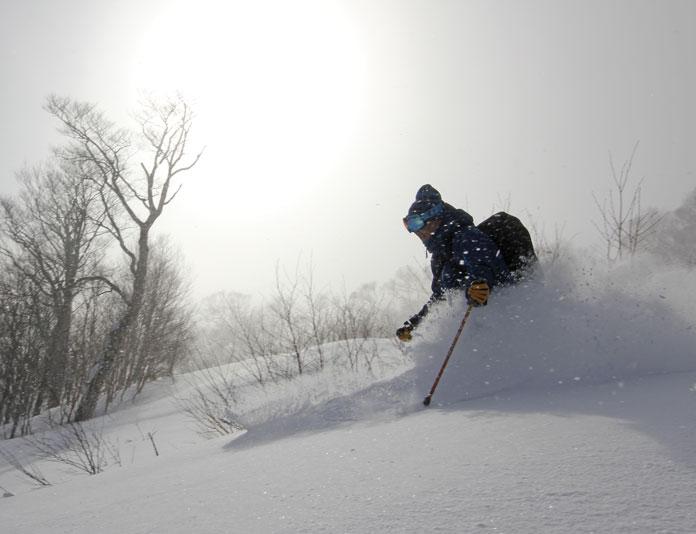 Powder skiing Shizukuishi Ski Resort
