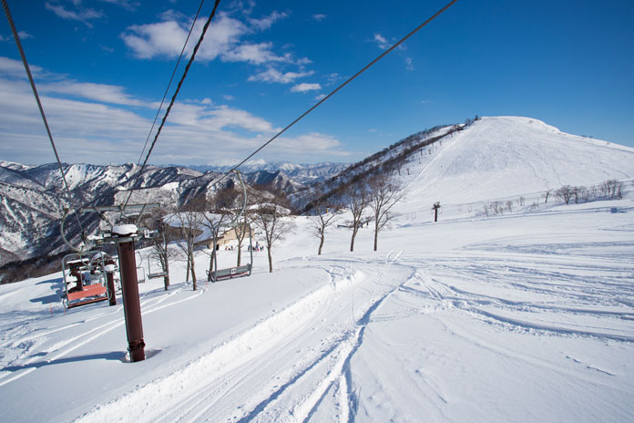 The intermediate ski area at the top of Tanigawadake Tenjindaira