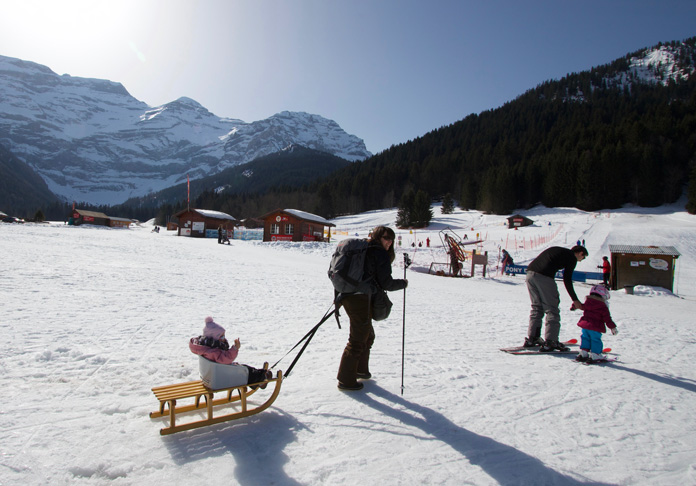 Sledging with a baby in Vilars