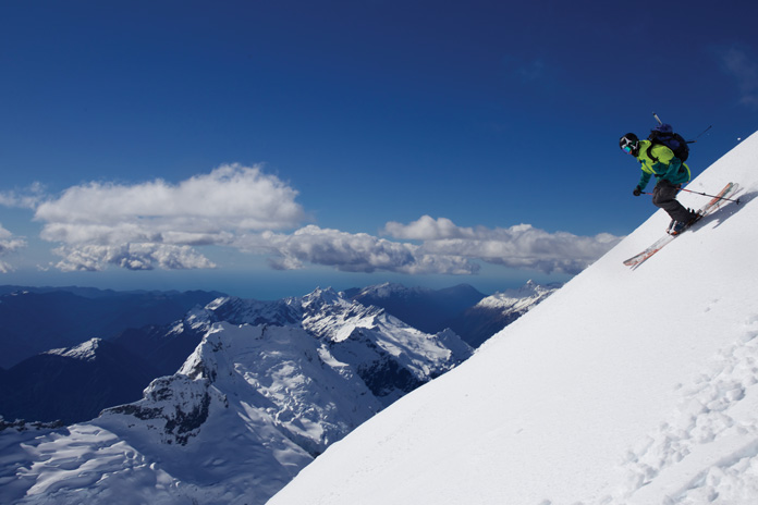 Craig Murray skiing the upper North West Ridge of Mt Aspiring