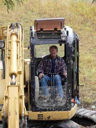 Lester, excavating