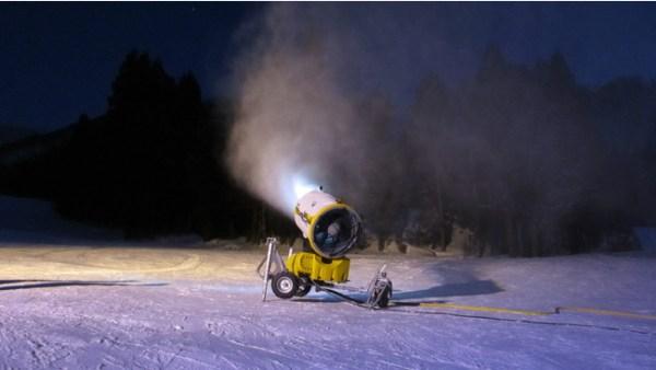 人工降雪機