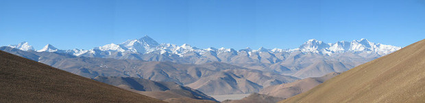 Everest from the TIbetan plateau