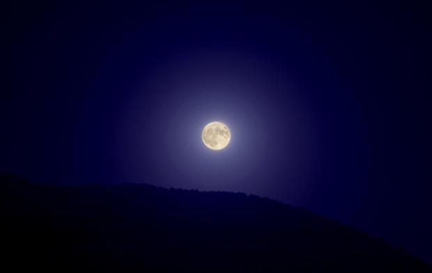 full moon calci