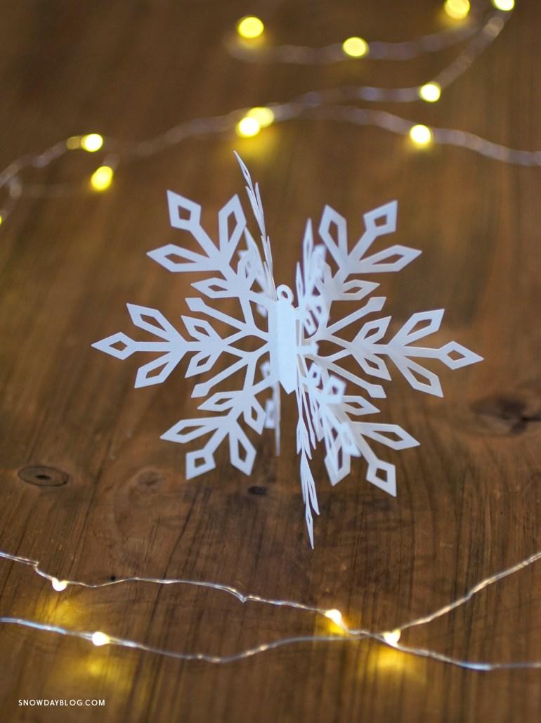 Snowflake2 on wood table