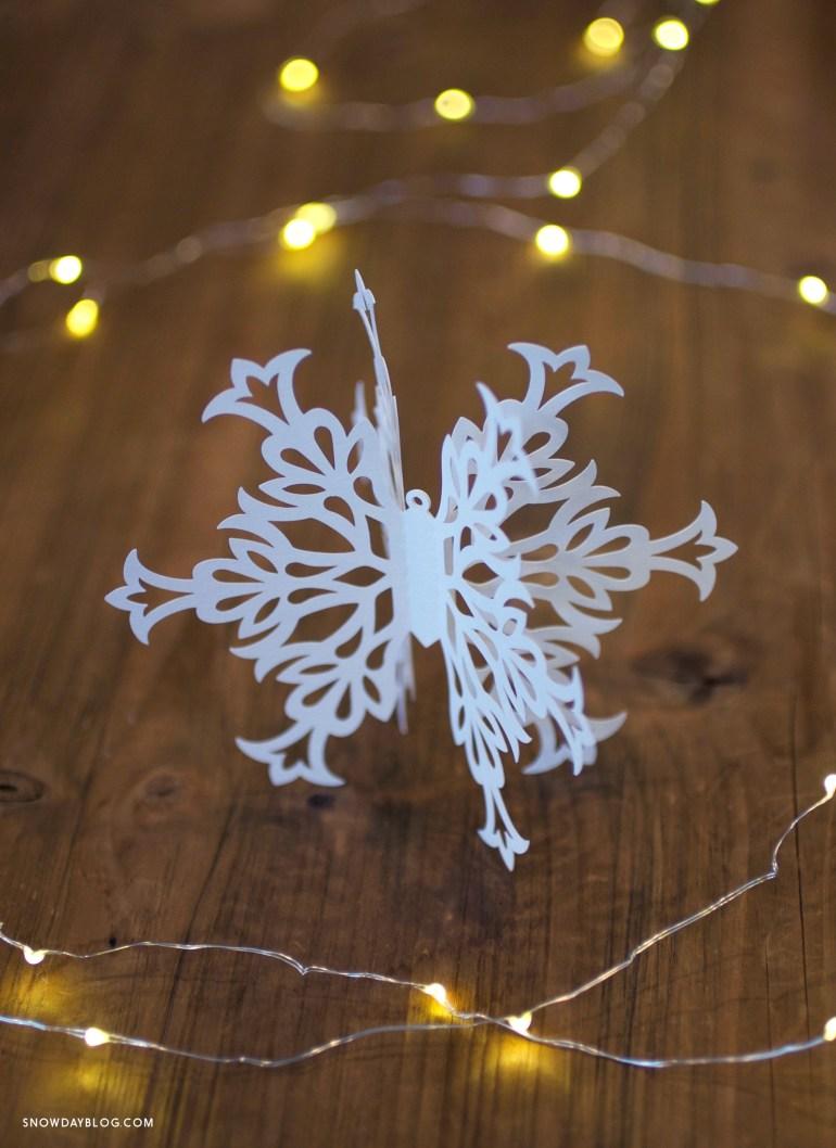 Snowflake3 C on wood table