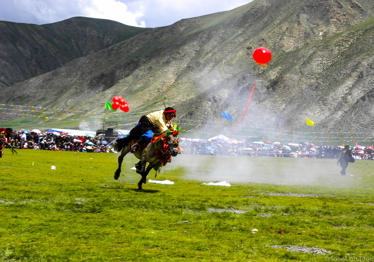 Yushu Horse Festival - The Biggest Horse Festival in Tibet