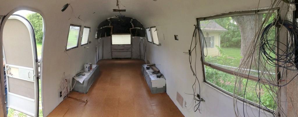corkfloorpanorama-1024×404