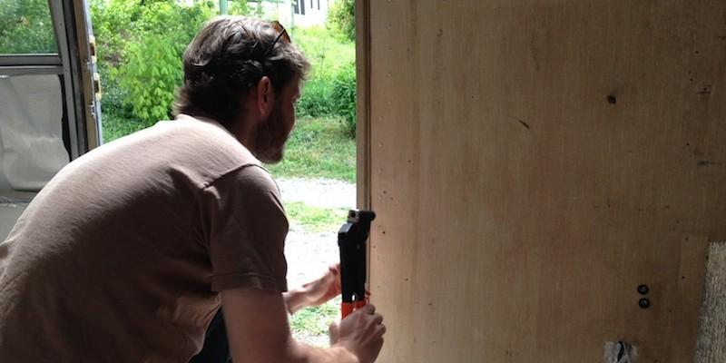 riveting-walls-800×400