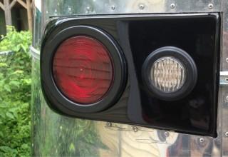 taillight_closeup-320×220