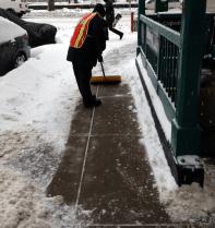 sidewalk shovel