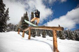 Snowboarding-01