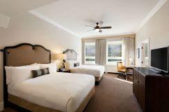 Luxury Hotel in Lake Louise, Alberta