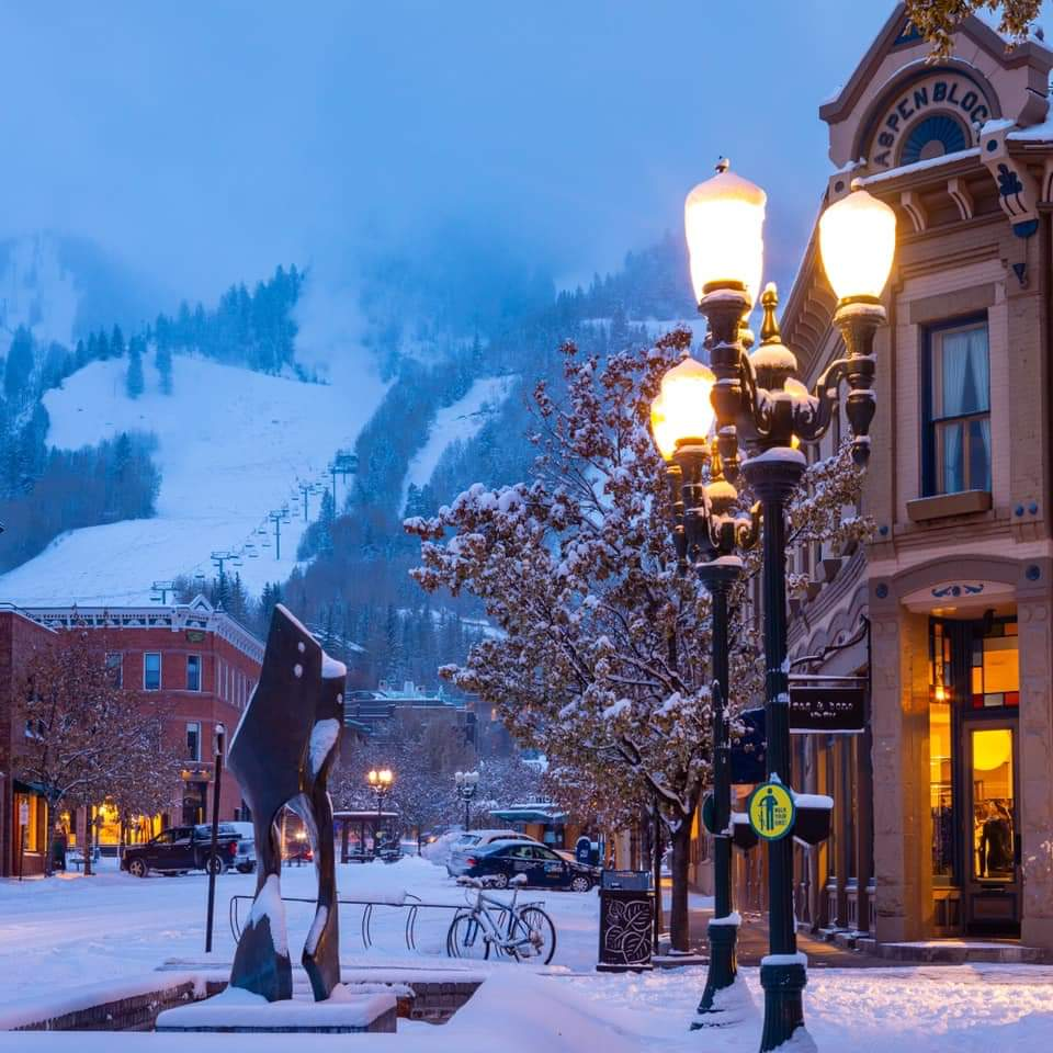 Ski Holidays to Aspen