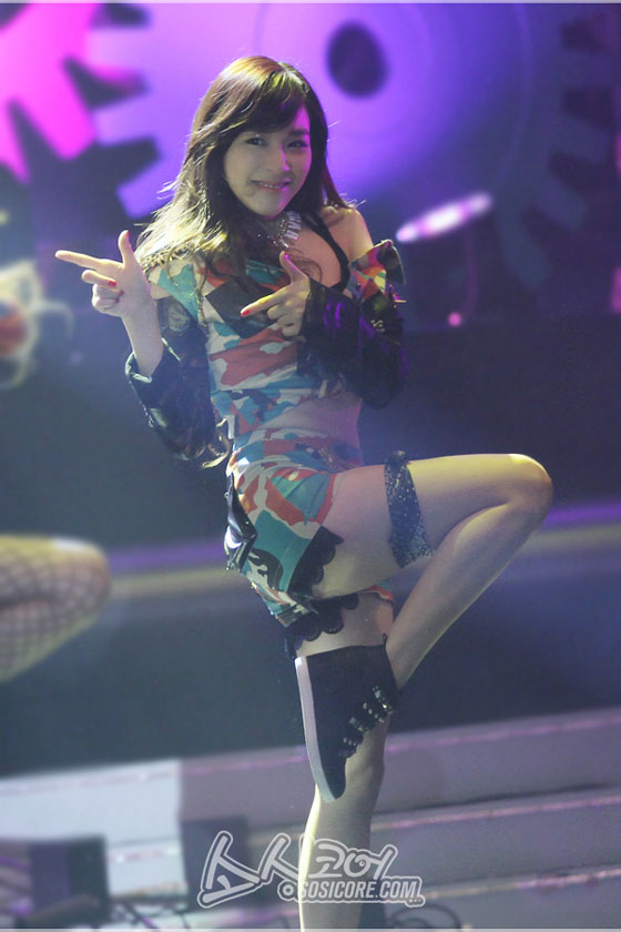 SNSD Tiffany Hong Kong Asian Pop Music Festival 2013