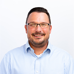 Faculty Headshot of Dr. Micahel Houston