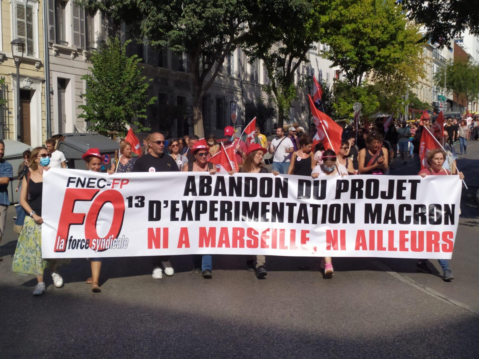 Motion du CNF de la FNEC FP-FO Soutien à la manifestation du 15 octobre pour l'abandon de l'expérimentation Macron !