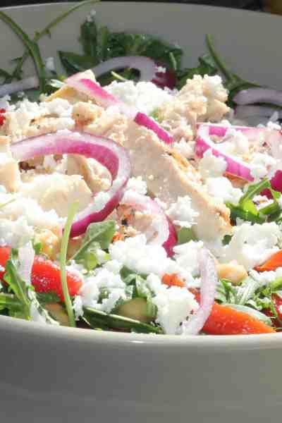 Grilled Chicken and Chickpeas Salad   With Roasted Red Pepper and White Wine Vinaigrette