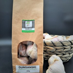 250g of Australian grown, chemical free Dunganski garlic in biodegradable packaging