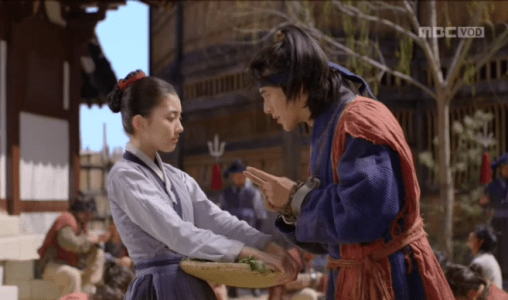獄中花第2話 オンニョと出会うユン・テウォン