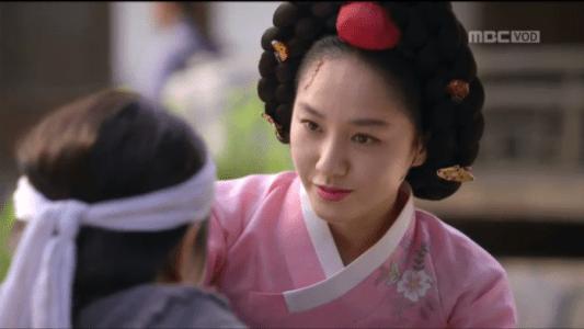 獄中花第13話 幼いユン・テウォンを脅すチョン・ナンジョン