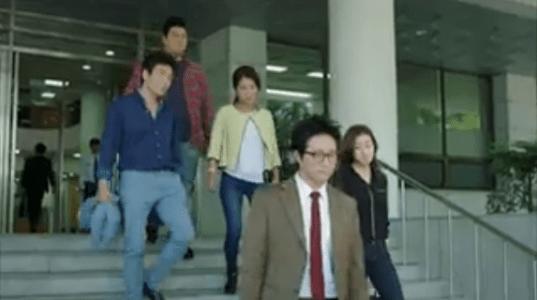 町の弁護士チョ・ドゥルホ第19話 釈放されるペ・デス
