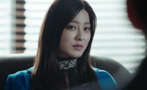 韓国ドラマ「耳打ち(ささやき)」第1話 催促するチェ・スヨン