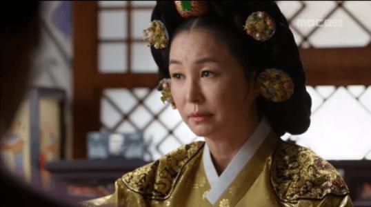 獄中花(オクチュンファ)第35話 ため息をつく文定王后