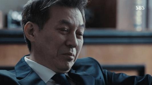 韓国ドラマ「耳打ち(ささやき)」4話 脅迫するチェ・イルファン