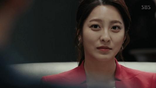 韓国ドラマ「耳打ち(ささやき)」第10話 忠告するチェ・スヨン