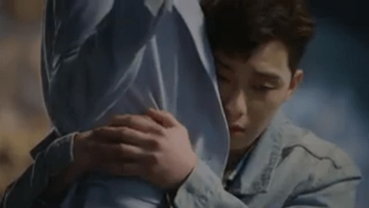 韓国ドラマ「サムマイウェイ」2話 抱き着くコ・ドンマン