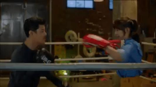 韓国ドラマ「サム、マイウェイ」8話 パンチするチェ・エラ