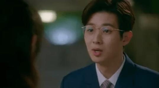 韓国ドラマ「サム、マイウェイ」7話 真剣に説明するパク・ムビン