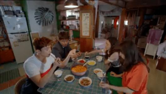 韓国ドラマ「サム、マイウェイ」8話 朝ご飯を食べるコ・ドンマン