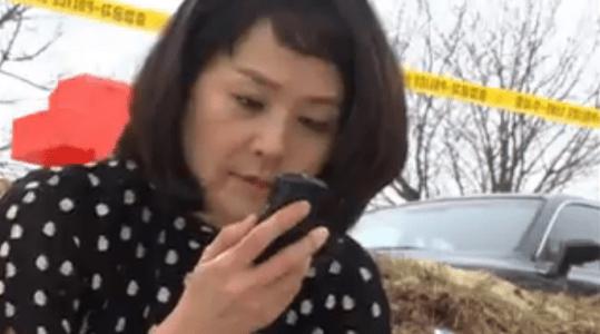 「名前のない女」第3話 携帯を発見するジウォン