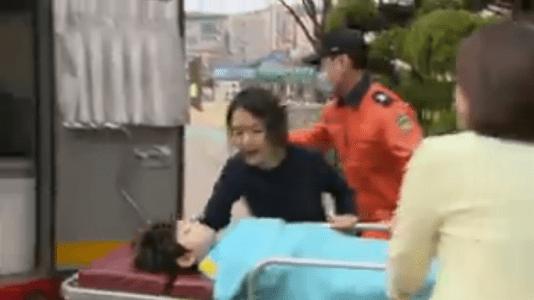 「名前のない女」第4話 救急車で運ばれるヘソン