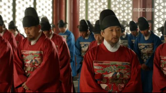 「君主(クンジュ)~仮面の主人~」第8話 議論するチュ・ジンミョン