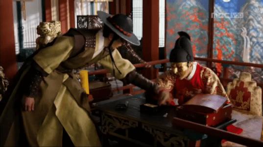 「君主(クンジュ)~仮面の主人~」第14話 イソンを止める