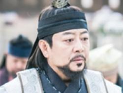 「王は愛する」ウン・ヨンベク