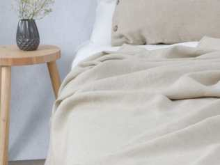 Summer linen blanket