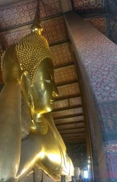 buddha-liegt